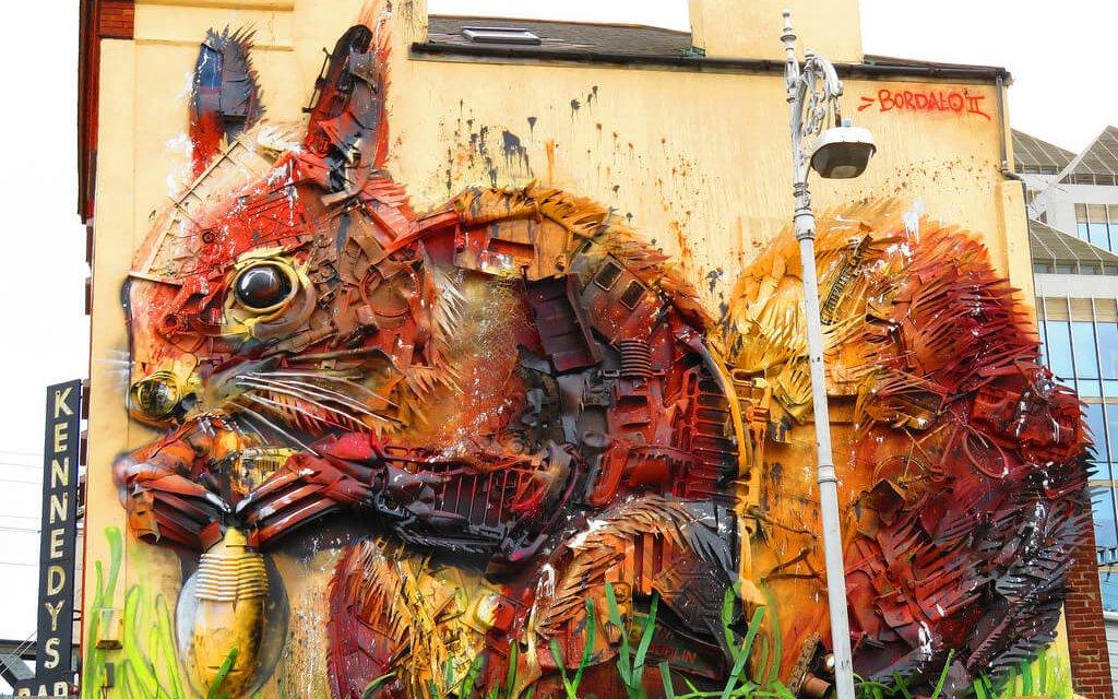 Artista português usa sucata reciclada e cria obras incríveis